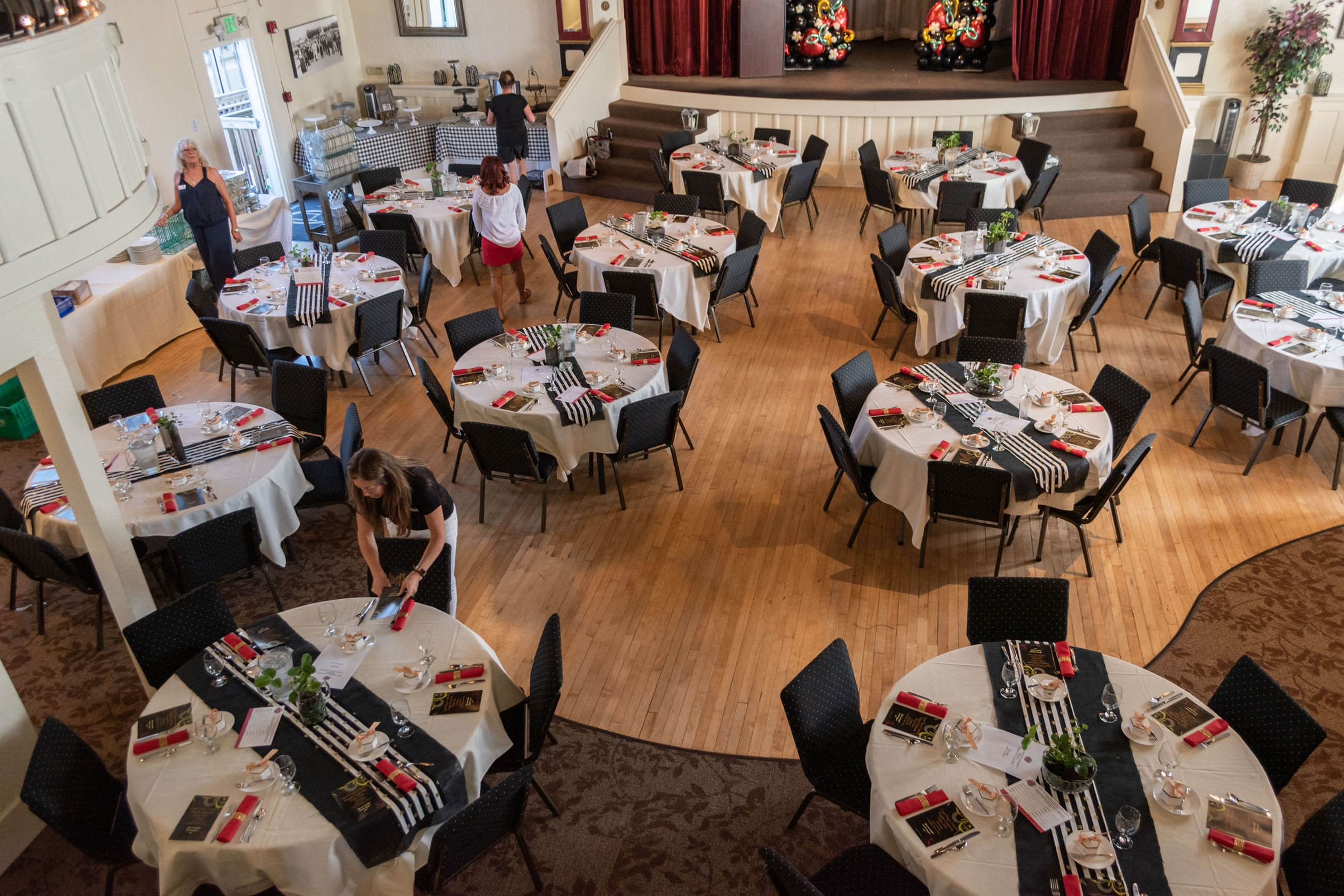 Round Table Marysville.Opera House Rental Information Marysville Wa Official Website
