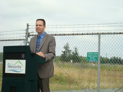 Mayor talks about transportation and economic benefits the 156th overcrossing project represents